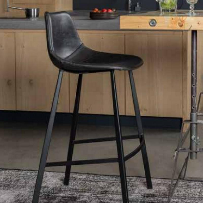 Le bazar goes meubelen - Zwarte eetstoel ...
